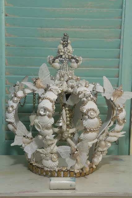 shell crown white.jpg